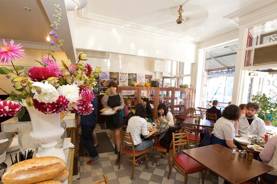 babka pie store interior