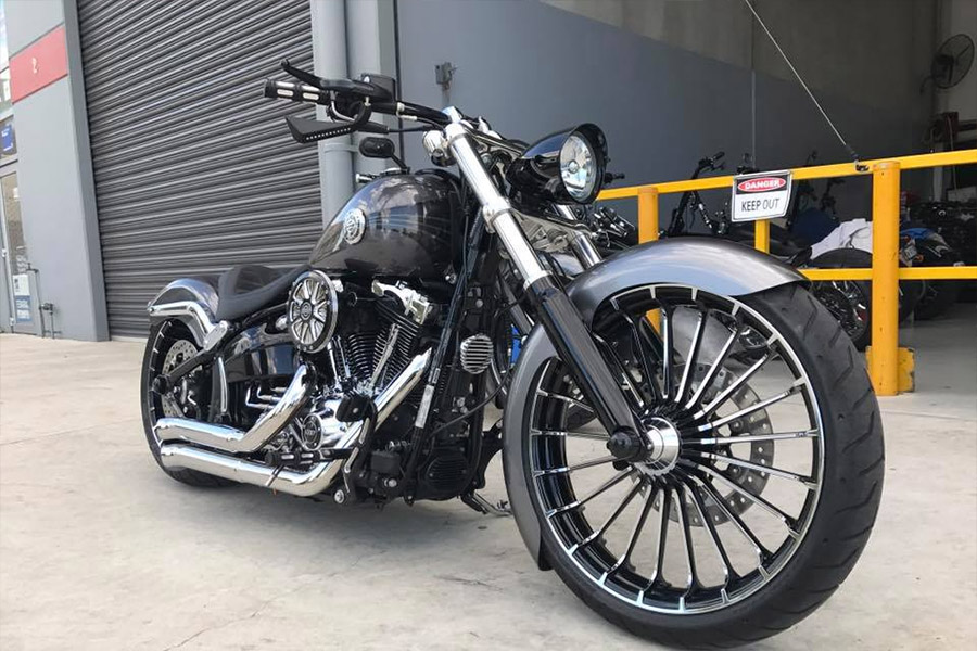 aa custom cycles shops front in melbourne