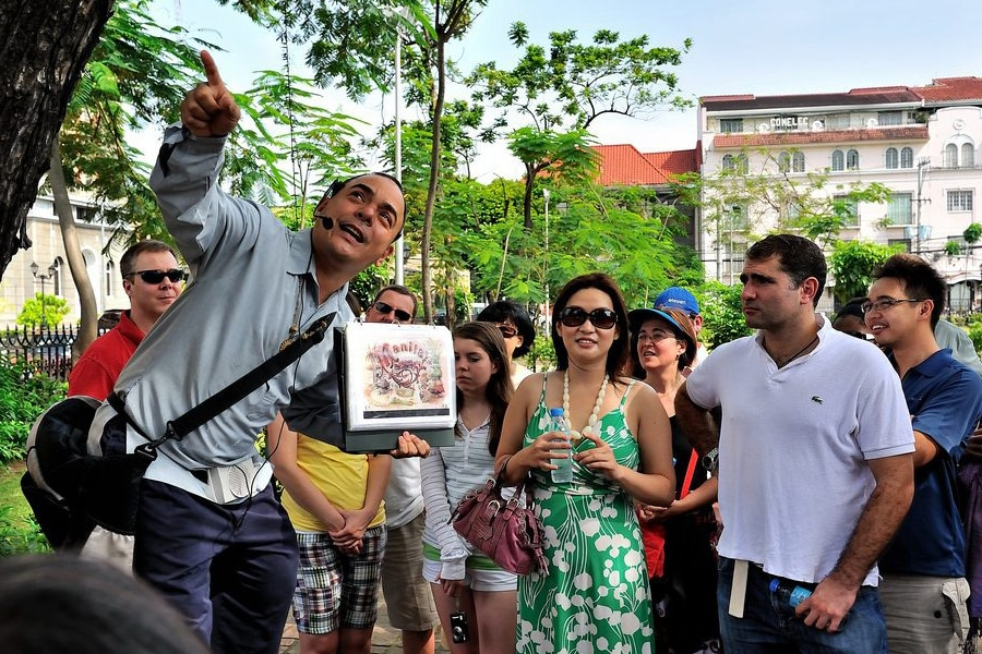 carlos cedran walking tour manila