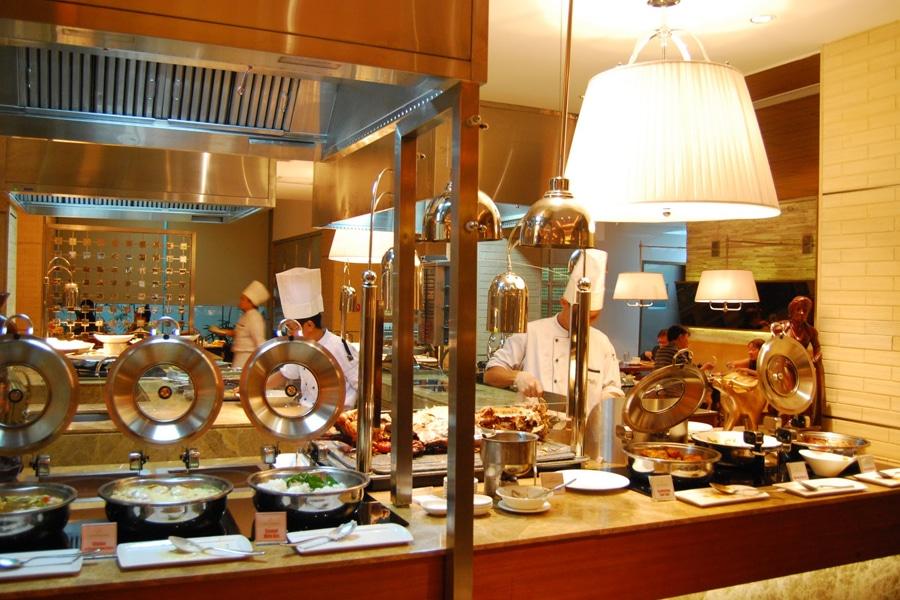 hotel manila cafe llang llang