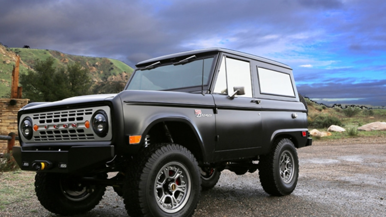 Make Your Own Car >> Create Your Own Custom Icon Bronco Man Of Many