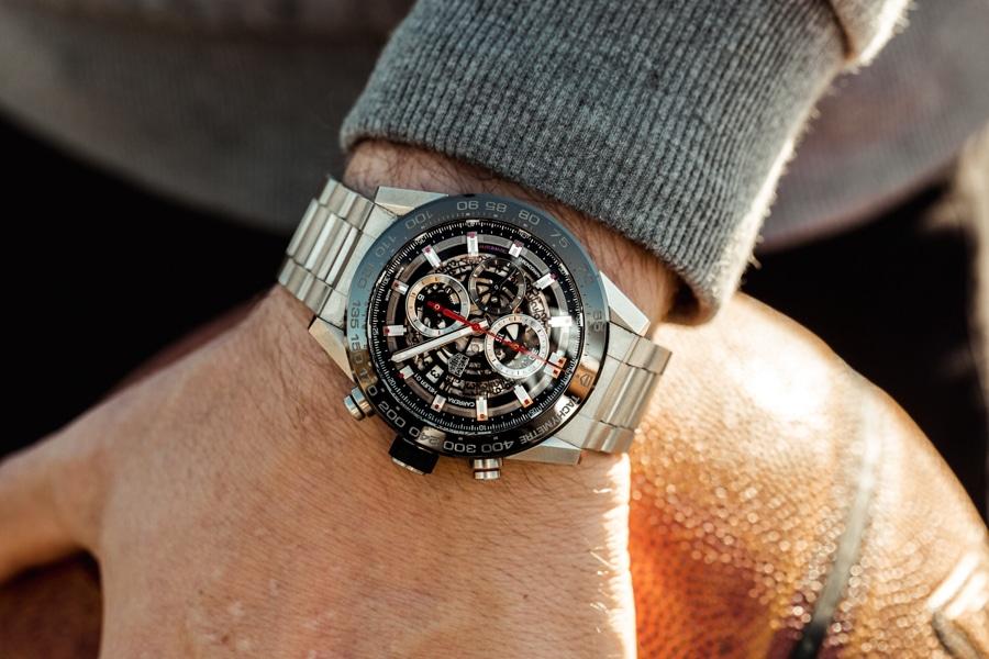 nba star matthew dellavedova wearing tag heuer watch