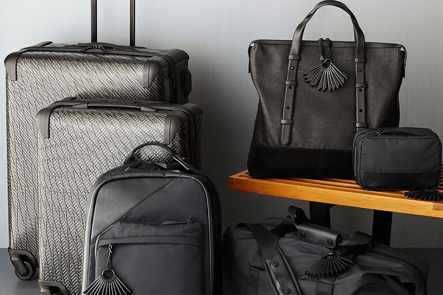 tumi travel bags & accessories