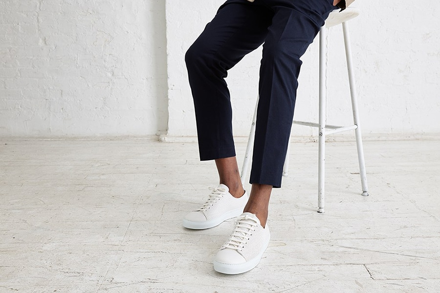 25 Best Minimalist Sneakers for Men