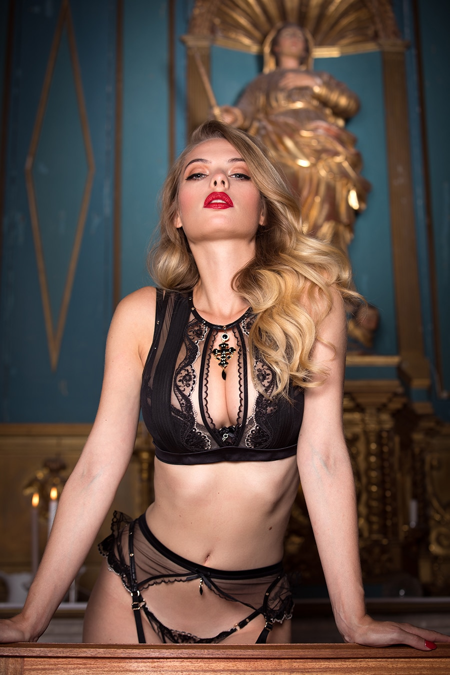 honey birdette women gold hair color