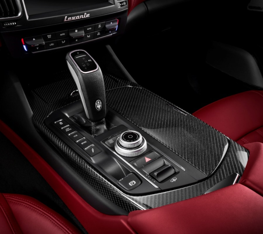 maserati levante gts gear shift