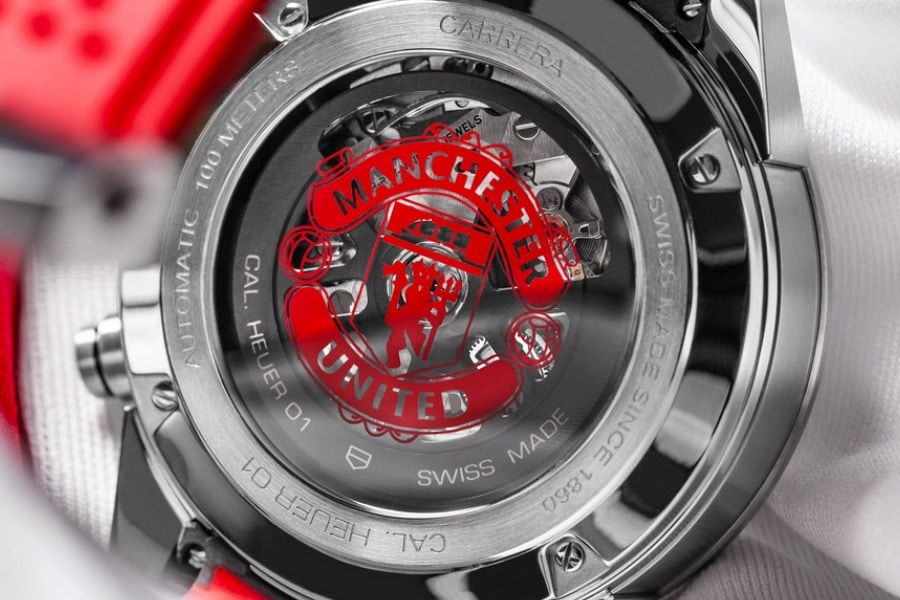 manchester united devil watch back