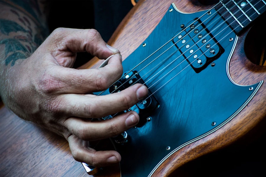 13 best rare and vintage guitar