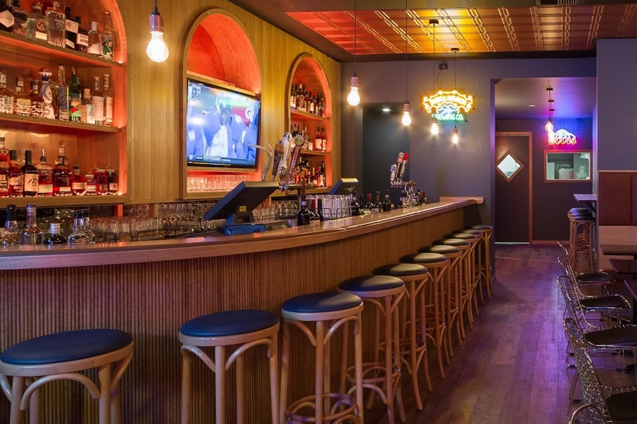 silverlake social bar