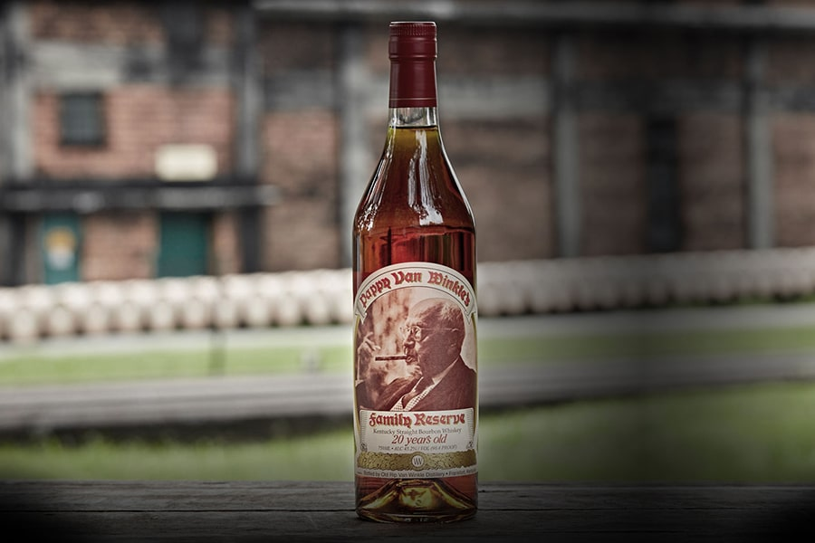 pappy van best bourbon whiskey bottle