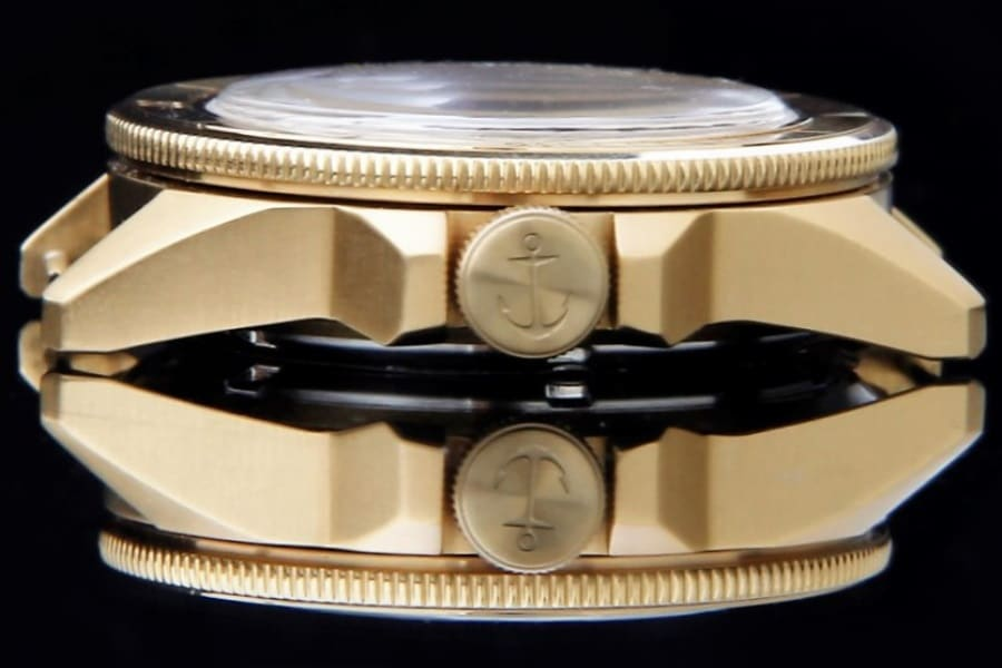 bow stern launch an automatic divers watch