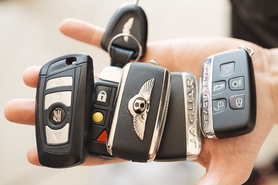 luxury car keys