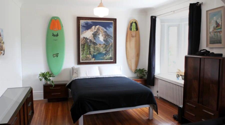 gnarwall wall mounted surfboard bedroom