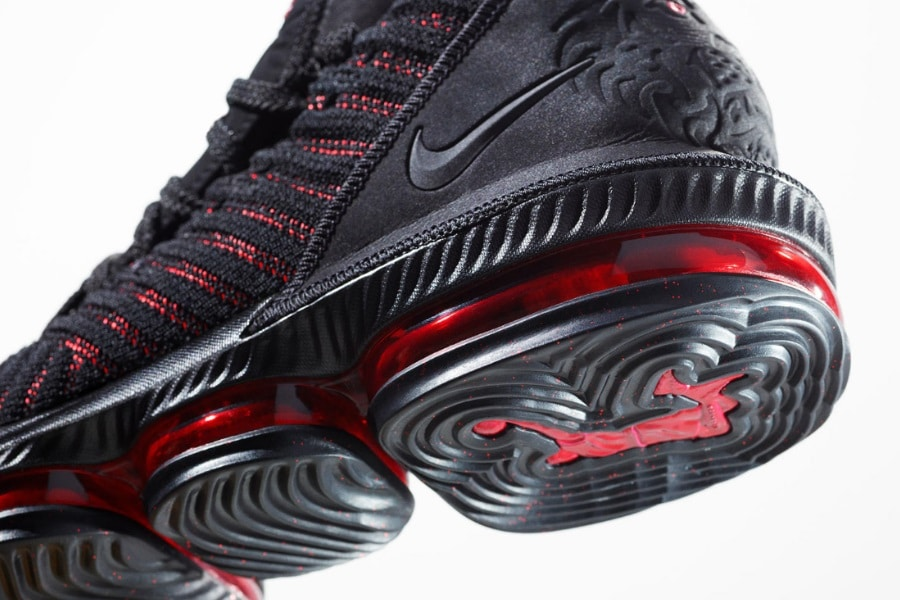 cheaper 79223 150cd Nike Lebron 16 basketball shoe close up