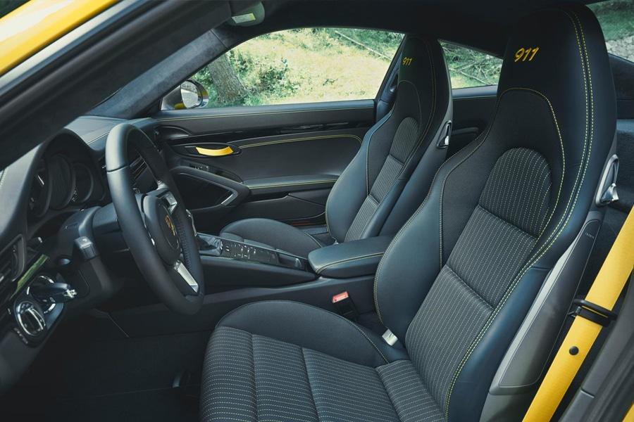 porsche 911 carrera t seats