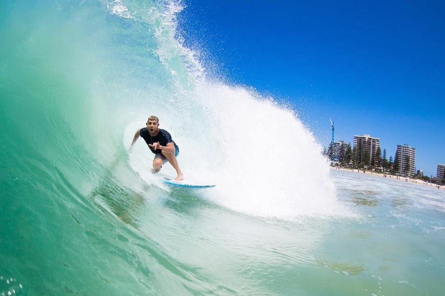 gold coast best 12 surf schools