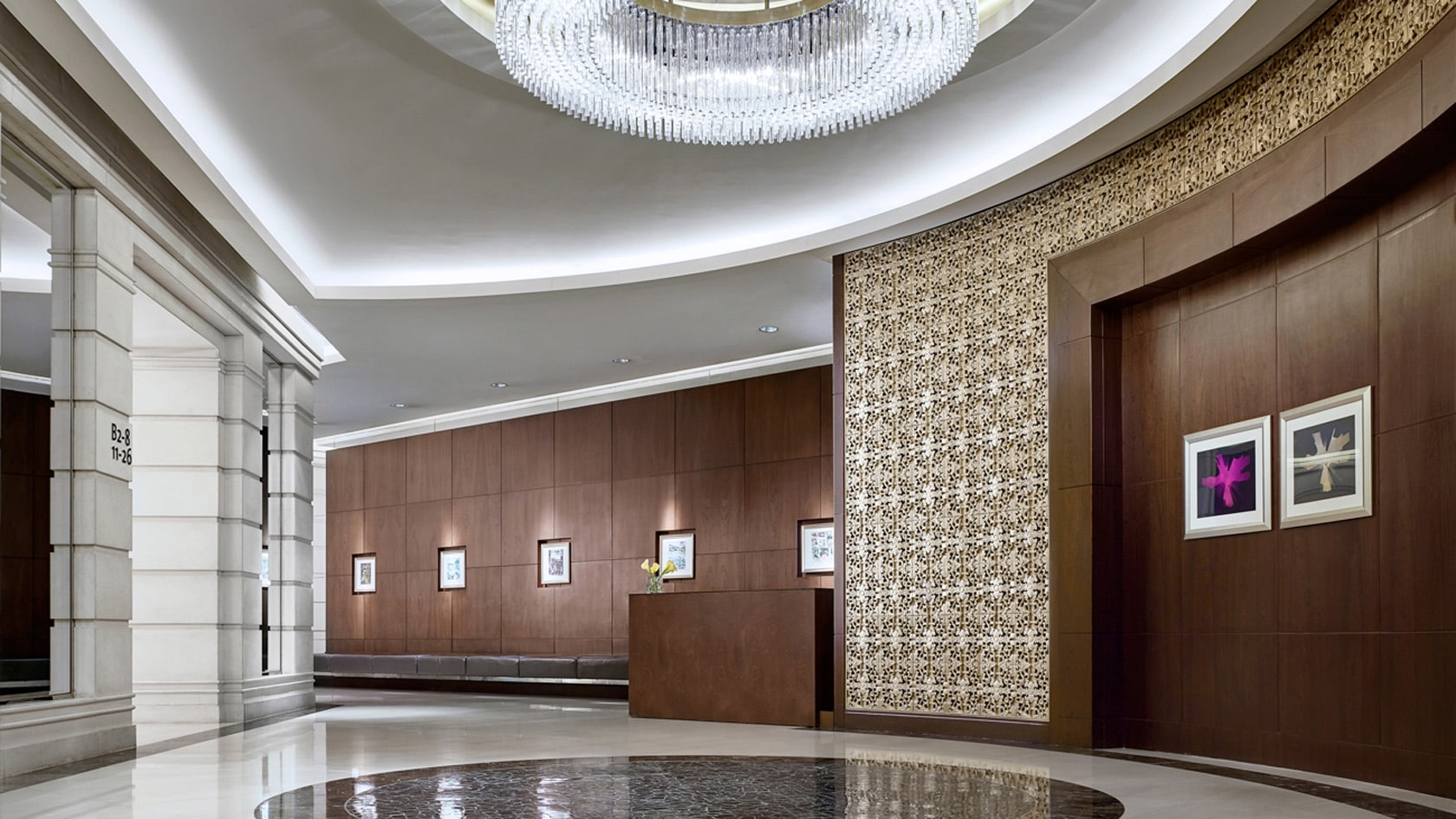 cordis club lounge hong kong hotel lights