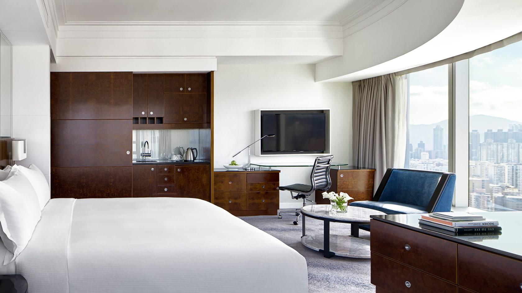 cordis club lounge hong kong bedroom