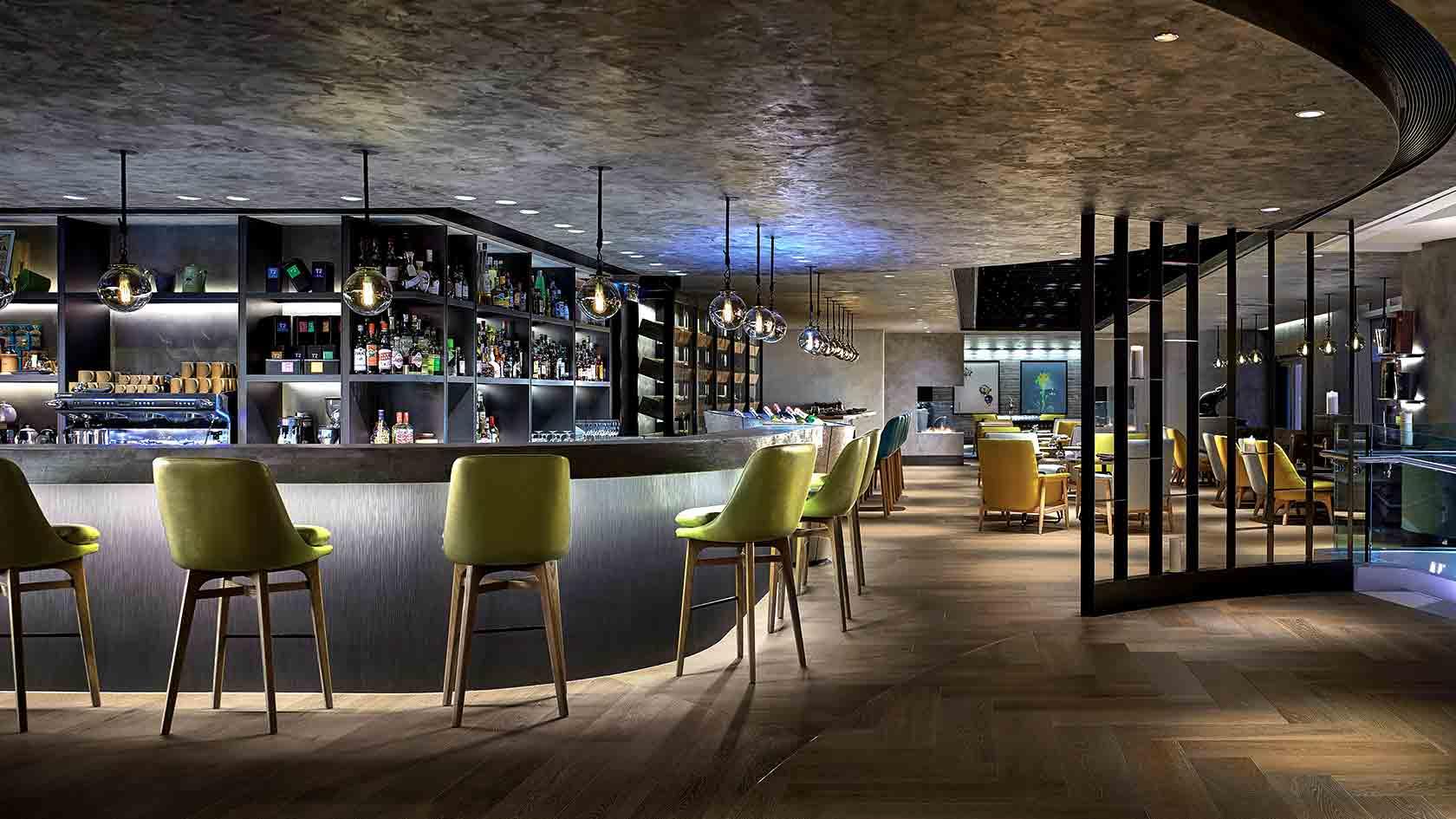 cordis club lounge hong kong bar over all view
