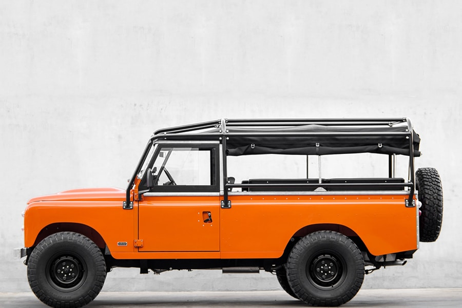 1983 land rover orange color