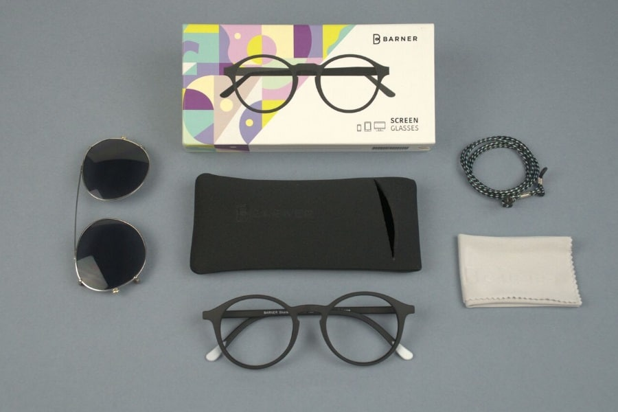 barner eyewear and accessories