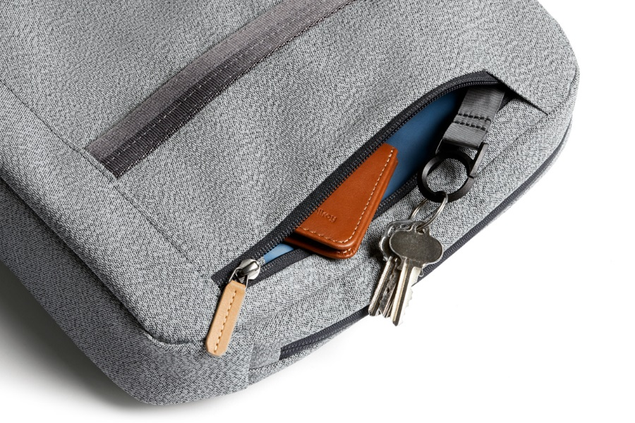 bellroy classic brief quick access zipper pocket