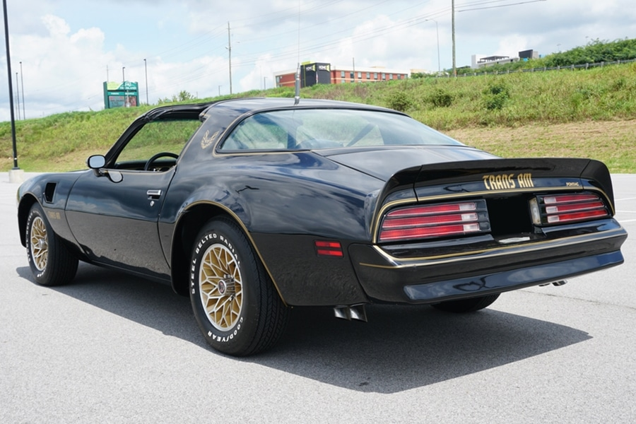 Burt Reynolds' 1978 Pontiac Firebird Trans Am 'Bandit' rear