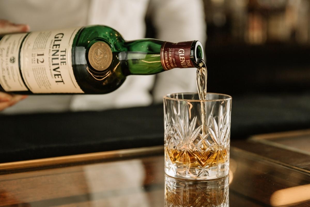 a guide to single malt scotch whisky
