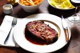 cut bar and grill sydney steakhouse