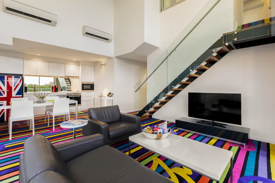 adge split level suite hotel