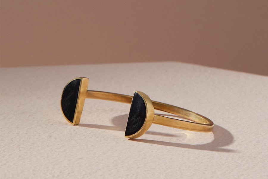 soko split moon cuff in black