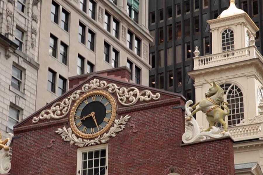 faneuil hall boston colonial buildings city guide