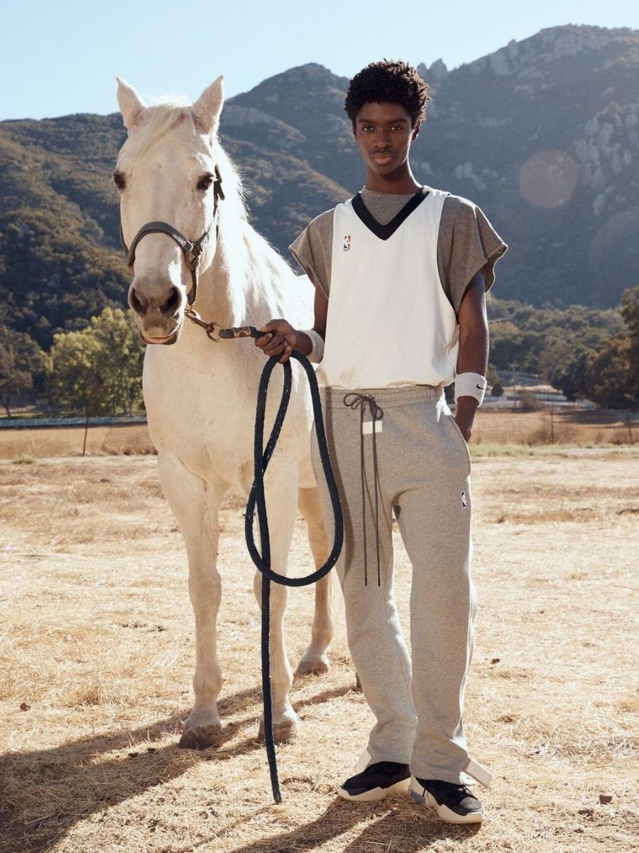 nike air fear of god horse