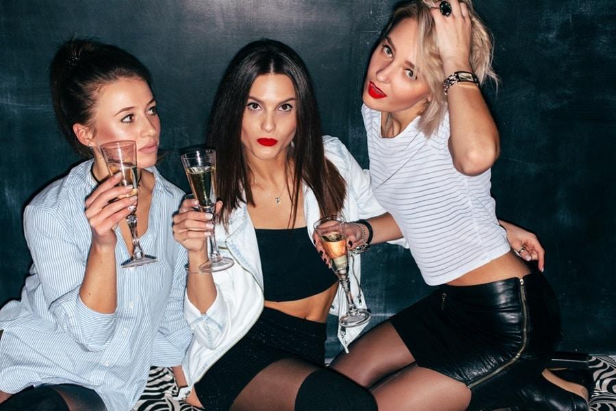 the inner circle dating app three women