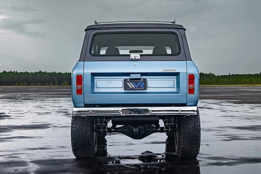 1973 international scout back view