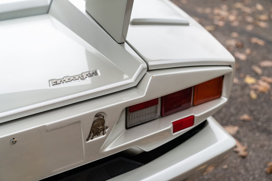 light view lamborghini countach