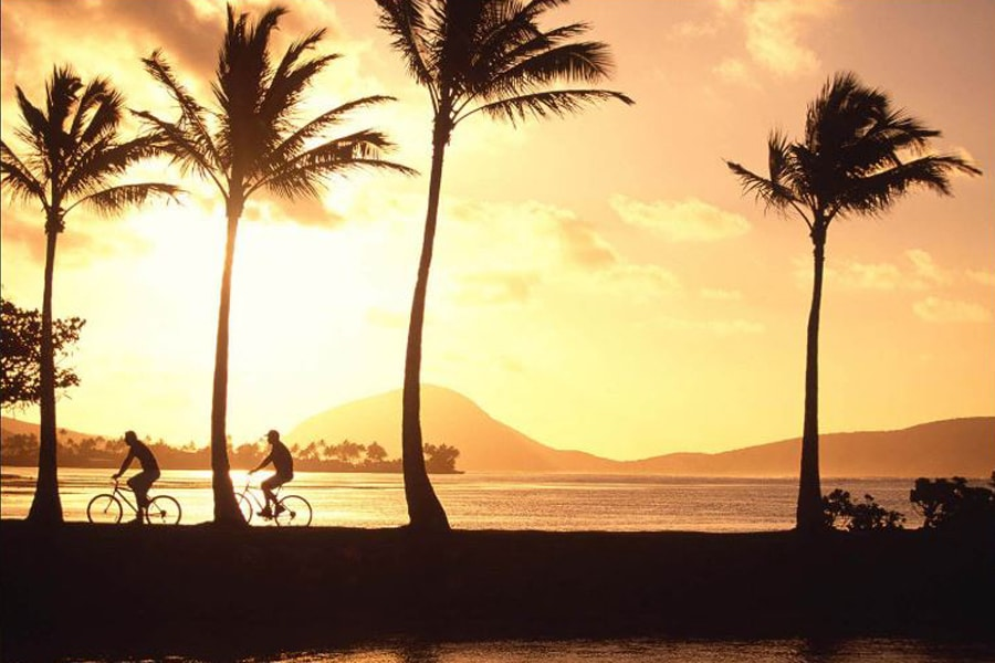 kahala beach sunset with bike