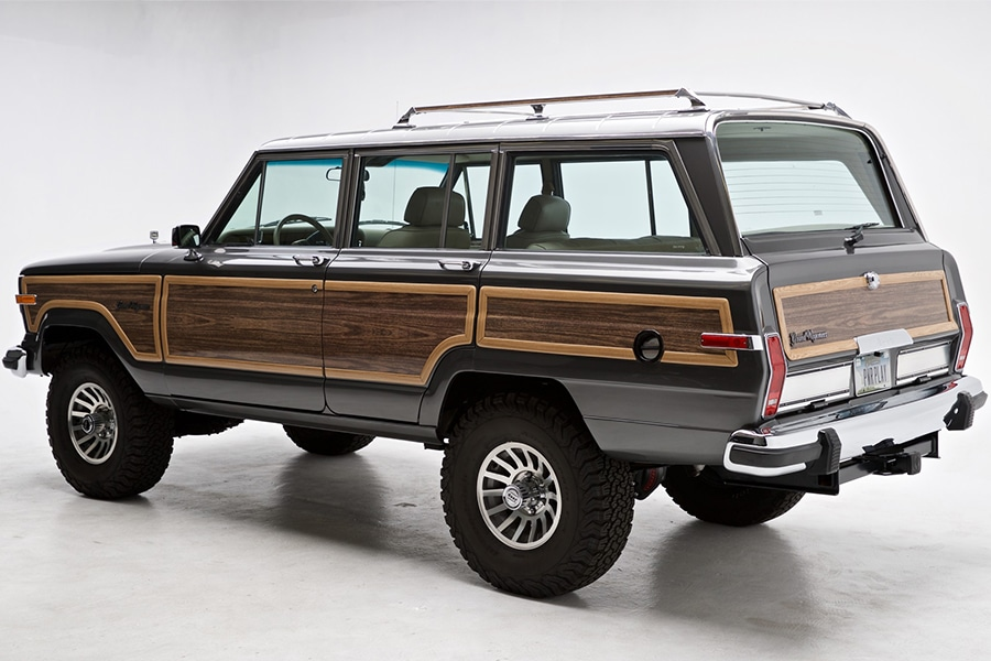 jeep grand wagoneer back view