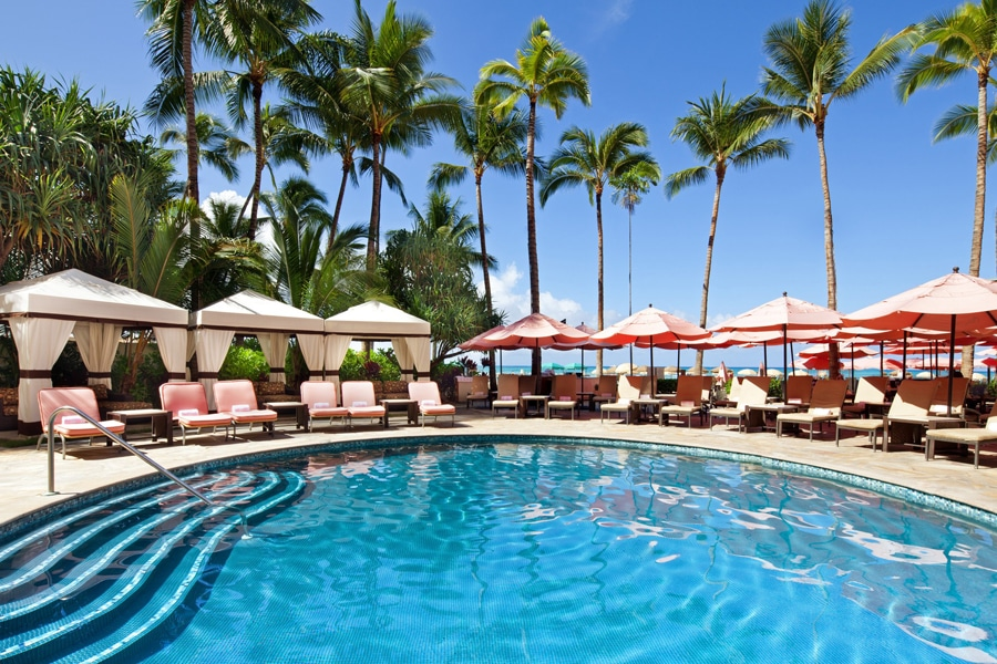 royal hawaiian hotel pool and bungalows