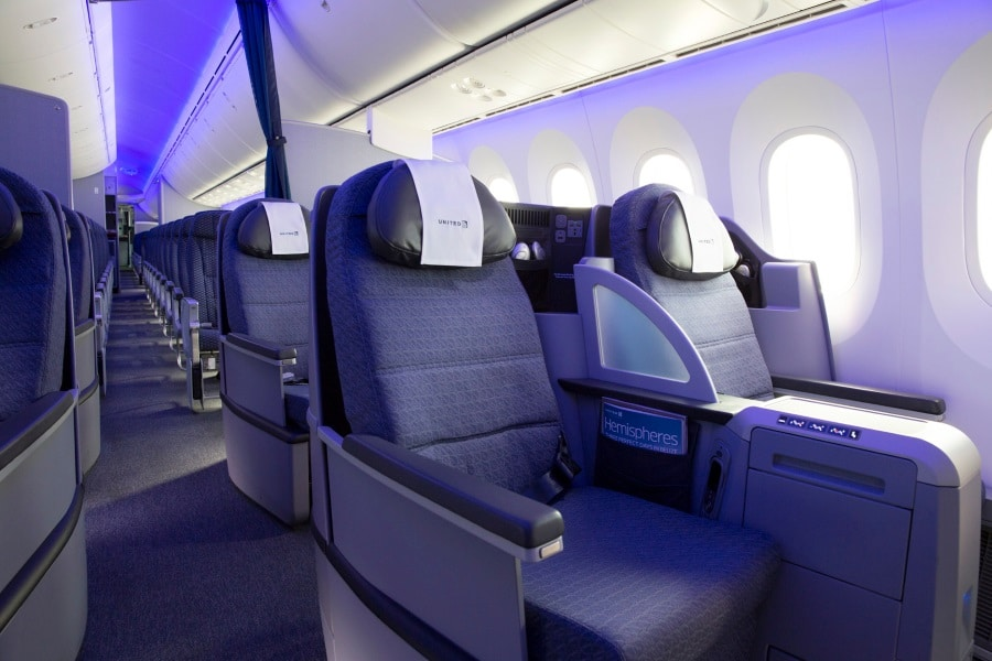United Airlines 787 Dreamliner Polaris Business Class Review Man Of Many