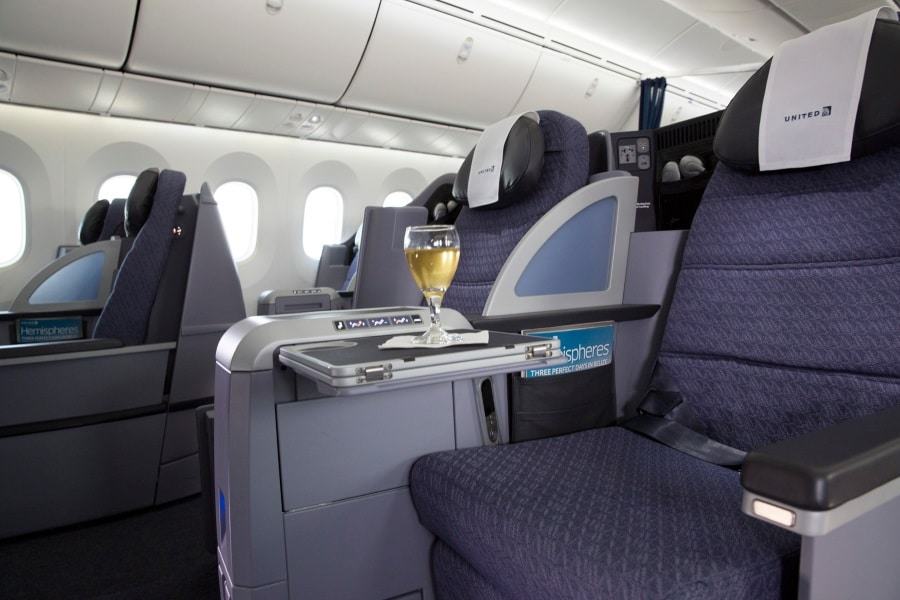dreamliner polaris business class seats wine glass