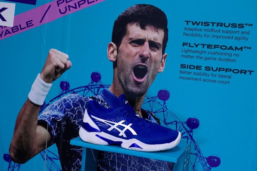 llegada Levántate habilitar  Novak Djokovic Unveils Signature ASICS Tennis Shoe in Melbourne | Man of  Many