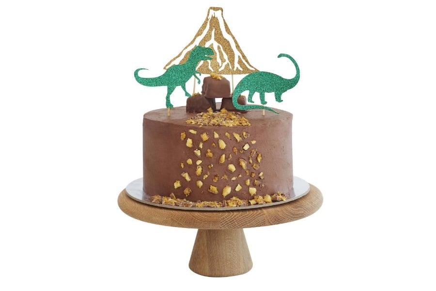 bake dinosaurs birthday cake