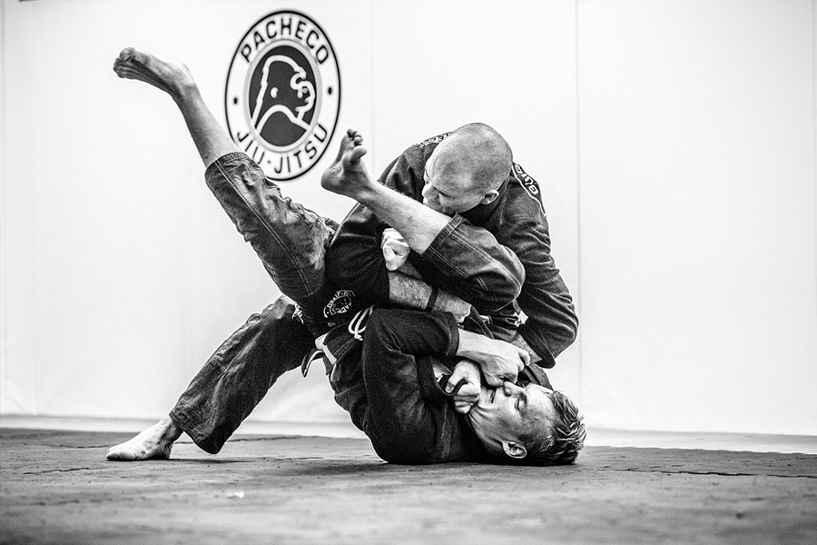 BJJ fighers in action black and white