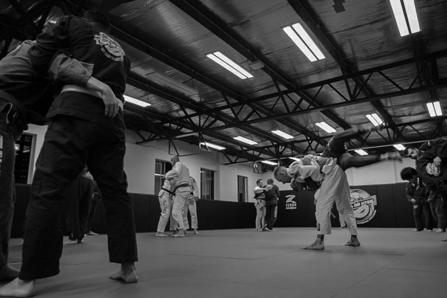 De Been Jiu Jitsu Black and White