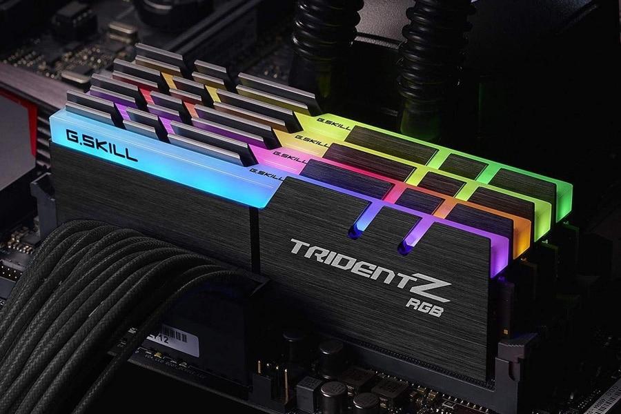 Ninja Fortnite Setup G.SKILL 64GB (4 x 16GB) TridentZ