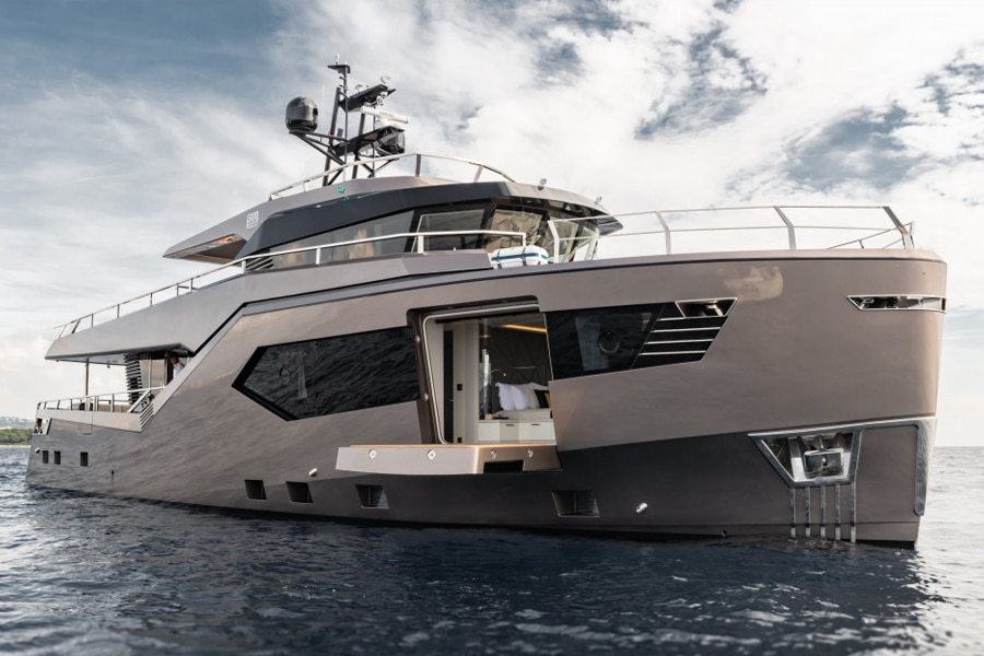 Vripack Rock Explorer Yacht Goes Big in a Small Way