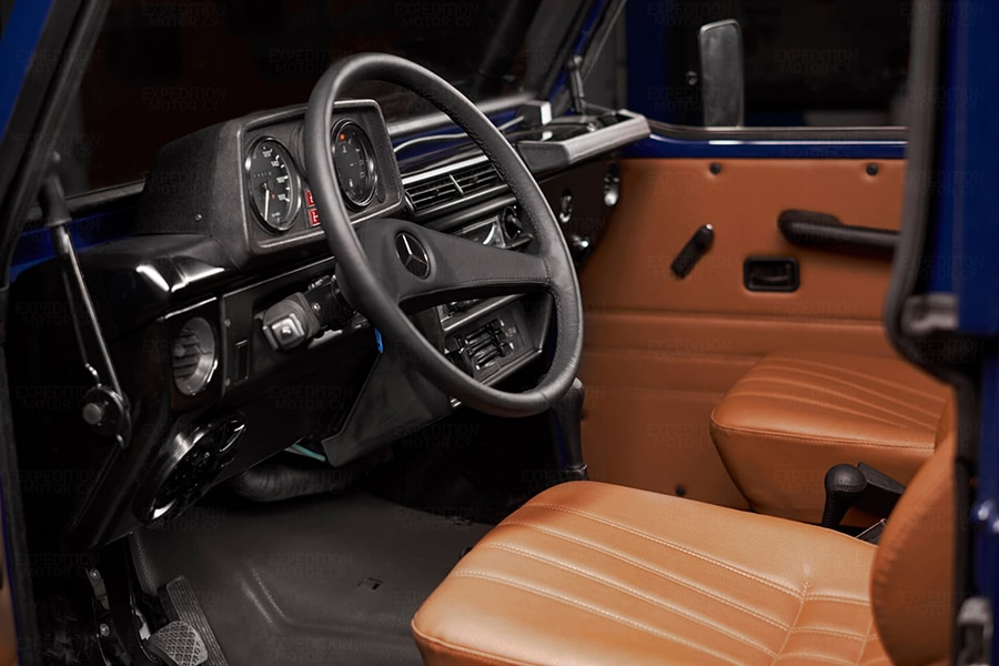 dashboard and upholstery Mercedes-Benz