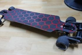 DIY Electric skateboard three quarter front