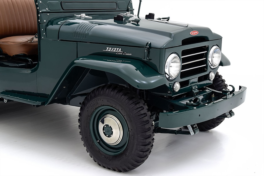 front and headlight land cruiser